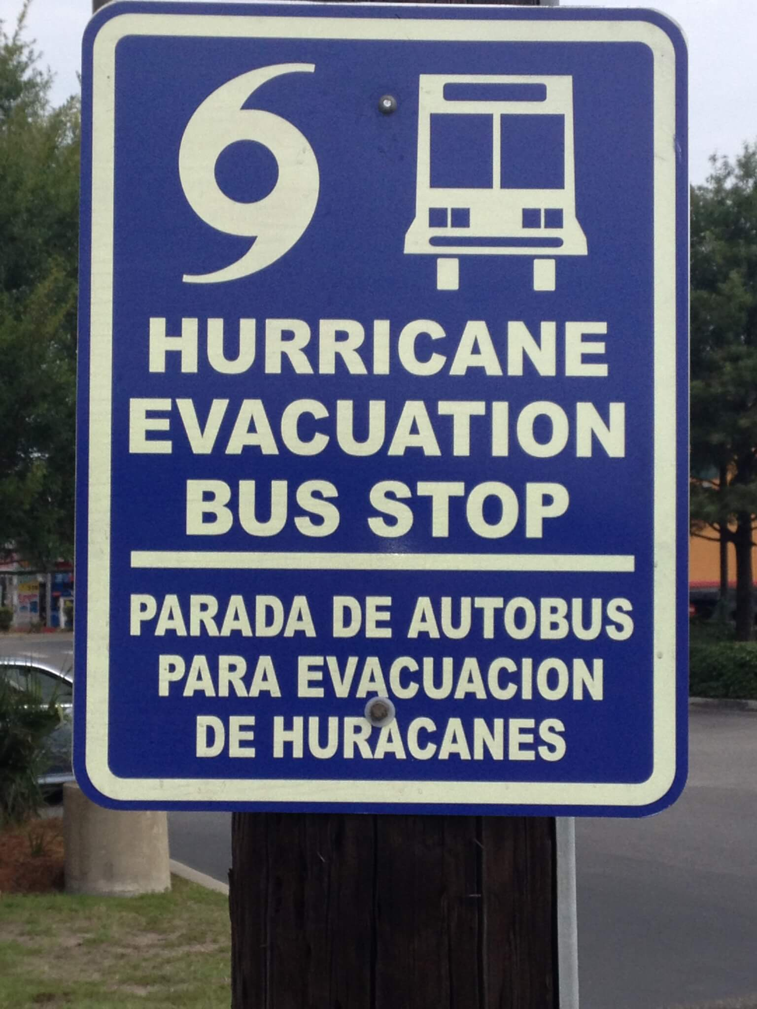 hurricane evacuation photo